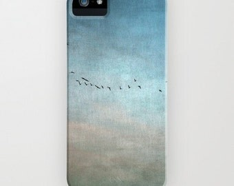 iPhone case for iPhone 5 5c 5s, 4, 4s, 3g, 3gs, iPod touch, Samsung Galaxy S4 - Birds In The Sky - Photo Phone Cover