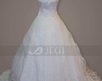 Sweetheart Neckline Romantic Ball Gown Available in Plus Sizes W694