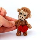 miniature monkey, tiny crocheted animal, mini monkey, kawaii collectible animal, brown red heart, summer gift, dollhouse, art animal, jungle