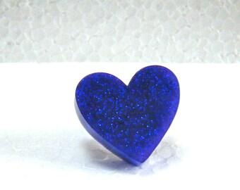 Glittery violet resin heart ring