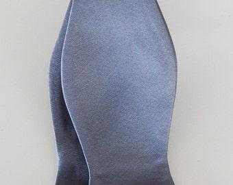 Mens Bowtie Banded Medium Gray Self Tie Bow Tie Neck Tie