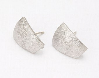 Atypical Post Earring Matte Rhodium- Plated - 2 Pieces [E0056-MR]