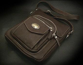 Leather Messenger Bag Brown K05E03