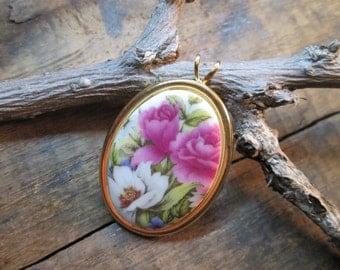 Vintage Gold Tone Glass Oval Floral Pendant