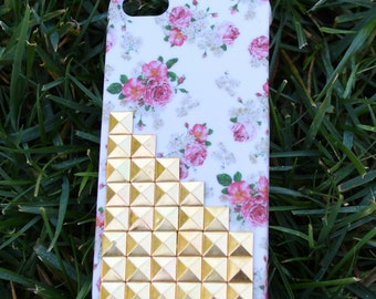Gold Studs & Pink flowers Iphone 5 case
