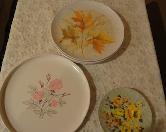 Vintage 6 Melmac Plates From Allied Chemical and Aztec