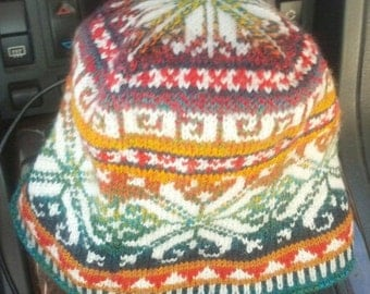 First track Nordic ski hat, hand knitted in fine merino