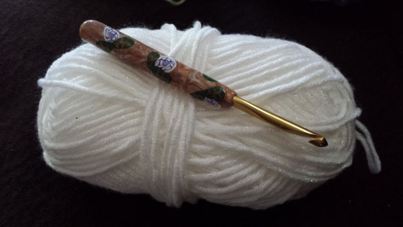 Susan Bates crochet hook with polymer clay handle