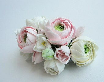 Ranunculus wedding comb.