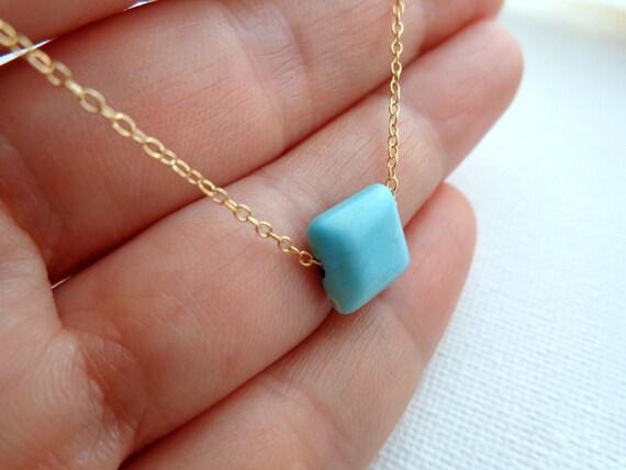 Pendentif pierre bleu turquoise