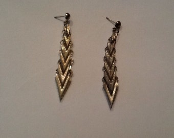 Vintage Silver Mesh Dangle Earrings Costume Jewelry