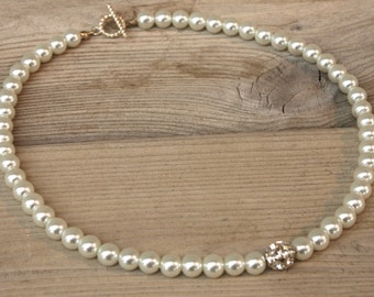 Jamie Necklace - Single Strand Glass Pearl and Rhinestone Necklace
