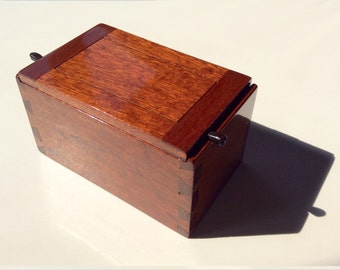 Miniature Dovetail Box