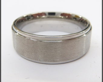 Personalized Stainless Steel Stamped High Polished Edged Ring 8mm