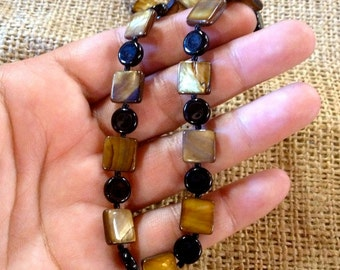 Vintage Beaded Necklace,Black and Gold