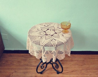 New Arrival ~ 100% Handmade crochet table cloth Round, Nice crochet pattern table cover, Round crochet cover for home decoration