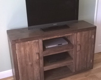 Handmade Rustic Widescreen TV Cabinet 042