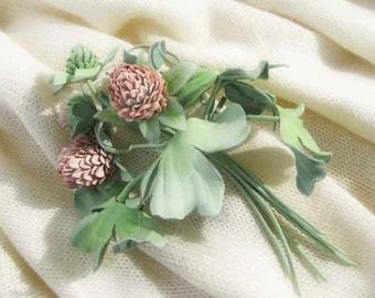 four leaf clover pink leather brooch for women, girls.4 leaf clover. Make to order