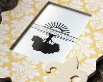 Wooden Picture Frame - 4x6 Photo - Scalloped Frame - Fleur de Lis
