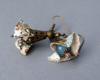 Flower shape agate bead or Pearl Earrings