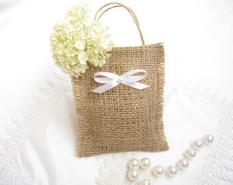 Set of 10-Wedding favor bags - Wedding gift bags - Gift bags - Christmas favor bag - Wedding favors - Burlap bags