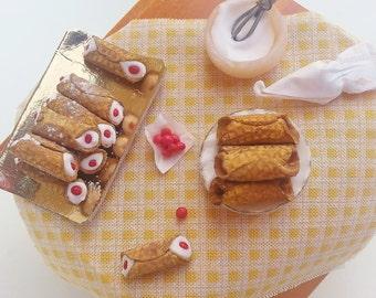 Miniature italian food cannoli siciliani scale 1:12 / Miniature cake scale one inch / Dollhouse traditional food pastry / Sweets shop
