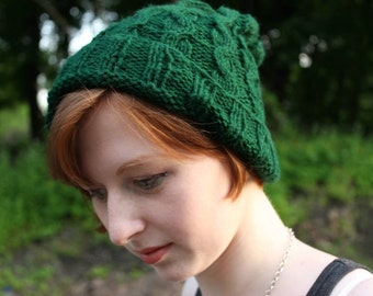 Green cable knit hat