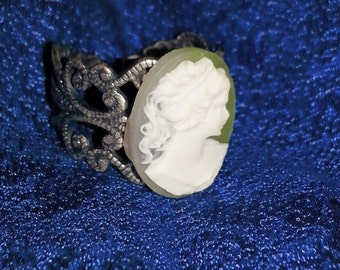 Green and White Cameo Ring with Gunmetal Filagre Setting