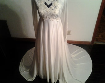 3 Piece Vintage 1950s Wedding Dress, Veil, & Hoop Slip