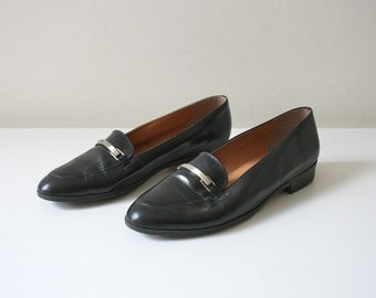 Etienne Aigner Women's Italian Made  Black Leather Loafers size 9.5M