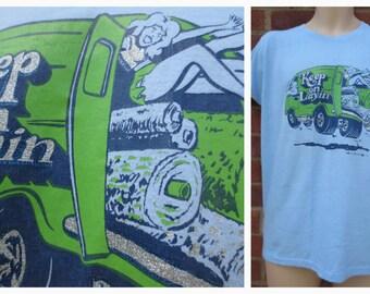 "Vintage ""KEEP LAYIN"" 1978 Novelty Advertisment T.Shirt  - Size L"