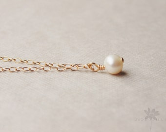 white Freshwater pearl charm pendant 14k gold filled chain necklace