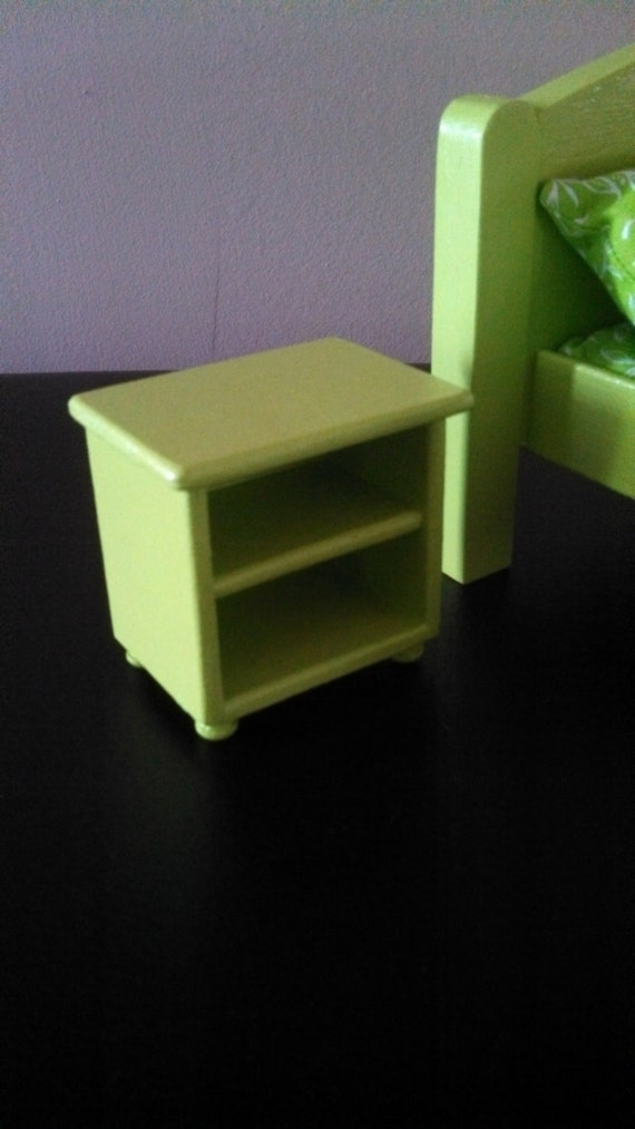 Lime bedside table 1 6 scale table 1 6 scale by dollsdelight for 1 6 scale table