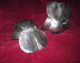 Medieval armor- elbows or knees/pair