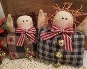 2 Primitive Americana Christmas Angels Shelf Sitters...(153)