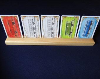 Single row pine wood card holder