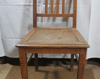 SALE - 15% 2 square wood chairs, oak, 1940