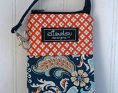 Padded Gadget Pouch iPhone 5, iPod touch, cellphone, blackberry, camera in Besame Costal