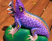 Cut Price Clearance Sale - Oaxacan Woodcarving Lizard by Efrain Fuentes