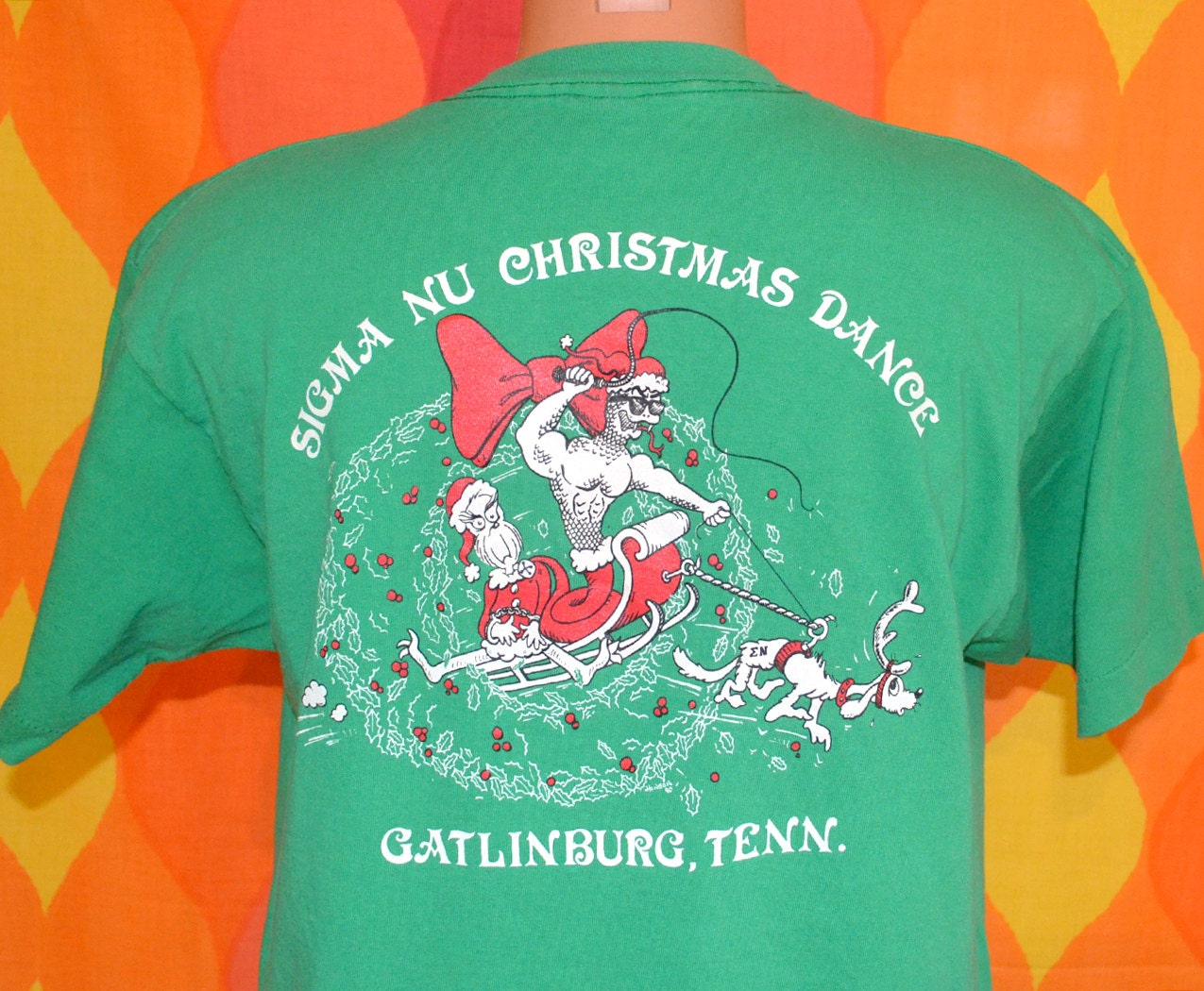 Vintage 80s T Shirt Sigma Nu Fraternity Grinch Christmas Dance