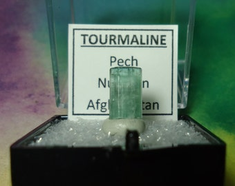 Sale Rare CATSEYE TOURMALINE Iridescent Green Natural Terminated Gemstone Crystal In Perky Mineral Specimen Box From Afghanistan