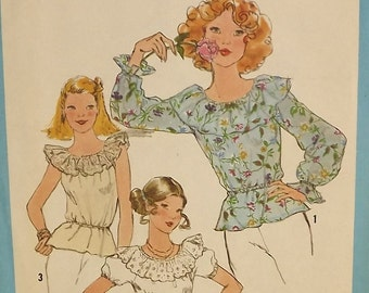 Vintage 70's Sewing Pattern, Misses' Blouse, Size 6 and 8