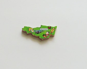 SOMERSET England Brooch - Lapel Pin - Pendant / Green Wood Brooch / Upcycled 1960s Wood Puzzle Piece / Wearable History Pin / Gift Under 20