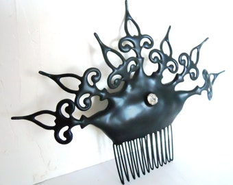 Black Steampunk Gothic Hair comb with clock hands elegant goth bride princess evil queen hair ornament - Found in a Cask of Amontillado