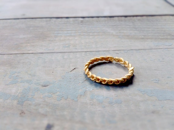 24K gold plated braided ring Modern Ring Minimal Design
