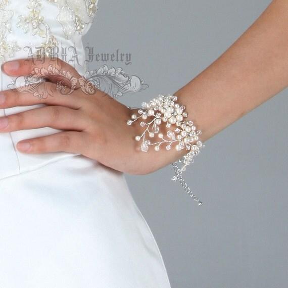 Bridal Bracelet, Ivory Pearls Rhinestone Wedding Bracelet, Crystal Wide Bracelet, Swarovski Bracelet, Cuff Bracelet, Crystal Bracelet