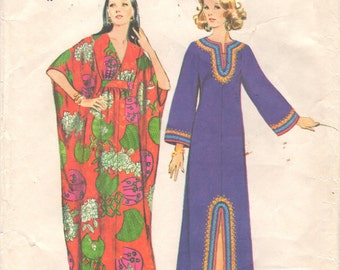Simplicity 5315 1970s Misses CAFTaN Pattern Kimono Sleeve Womens Vintage Sewing Pattern Size Small Bust 31 32 OR Medium Bust 34 36
