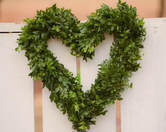 Boxwood Heart Wreath - Small Heart, wedding heart decor, wedding decor, small wreath, small fresh wreath