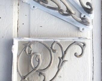 Cast Iron Shelf Brackets , Rustic Barnyard, Gray Brackets, Gray Home Decor, Set of 2 Brackets, Anthropologie Style, Metal Wall Decor