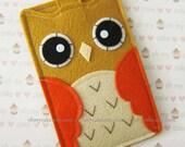 "iPhone sleeve, felt iPhone sleeve, iPhone case, felt iPhone case, iPhone bag, iPhone 5 sleeve, iPhone 5 case, ""light brown & orange owl"""